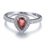 925银时尚鑲嵌紅石榴水滴形戒指